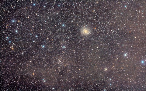 NGC 6946, le Feu d'Artifice, et NGC 6939, l'Amas d'Etoile